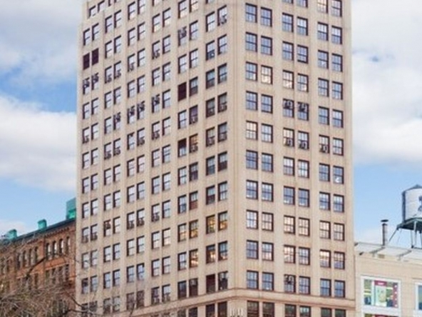 Broadway, E 14th Street, New York, NY, Union Square retail for lease