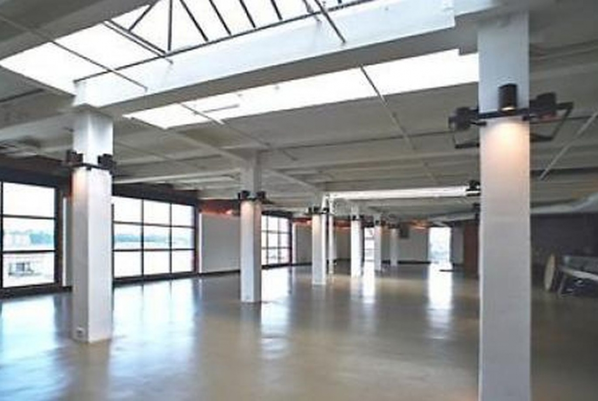 W 20s St. West Chelsea, loft office, showroom or gallery space for lease