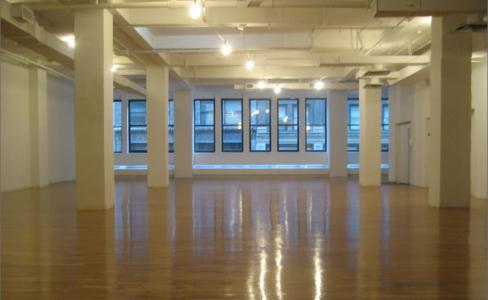 W 17th St, New York, NY, Fifth Ave, Class B Office Building, space for lease