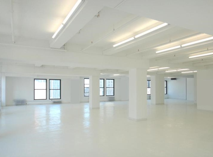 W 22nd Street, 5th Ave, Class B Office Building, 5000-12,000 sf